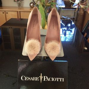 Cesare Paciotti Soft pink w/fur Pom Pom. 4 in heel